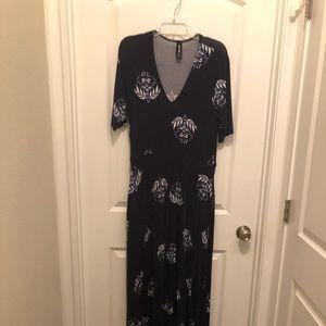 Agnes & Dora Austen Dress Maxi